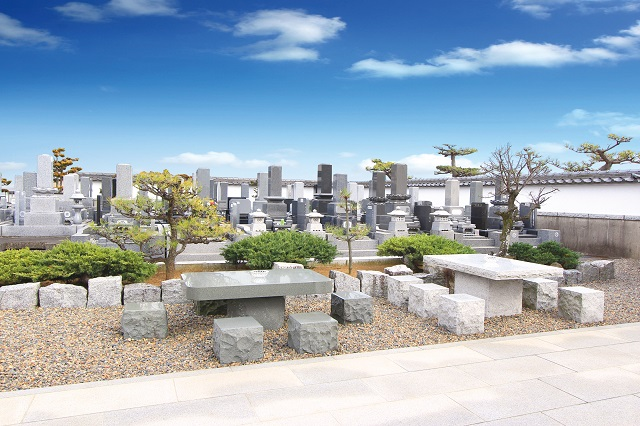 八潮市霊園